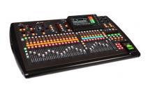 Behringer X32 Console Numerique Digitale Mixeur Table De Midas X-32 Klark Teknik Nouveaute