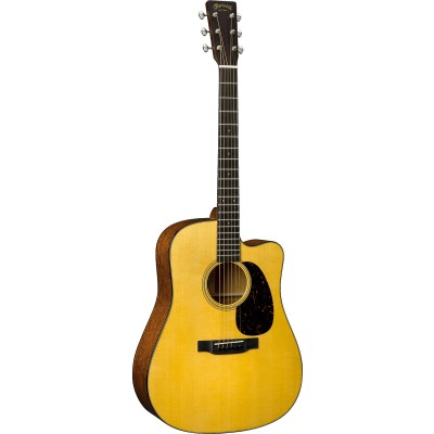 MARTIN GUITARS DC-18E