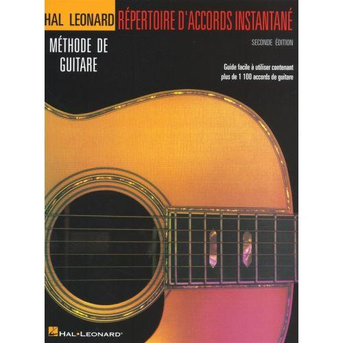 HAL LEONARD HAL LEONARD GUITAR METHOD INCREDIBLE CHORD FINDER FRENCH EDITION - GUITAR