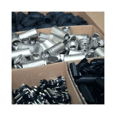 Soldering plugs