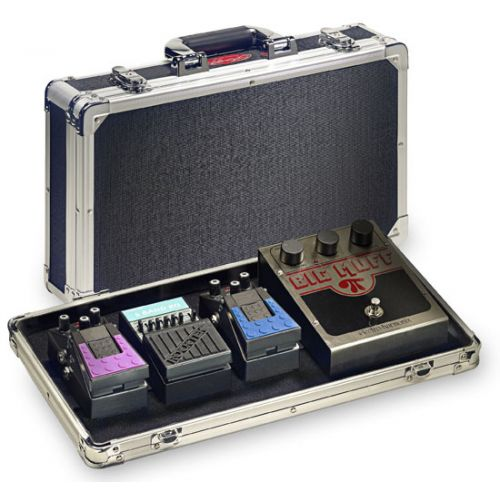 STAGG UP424 PEDALBOARD