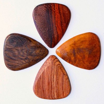 TIMBER TONES 4 MIXED WOODS GUITAR PICKS