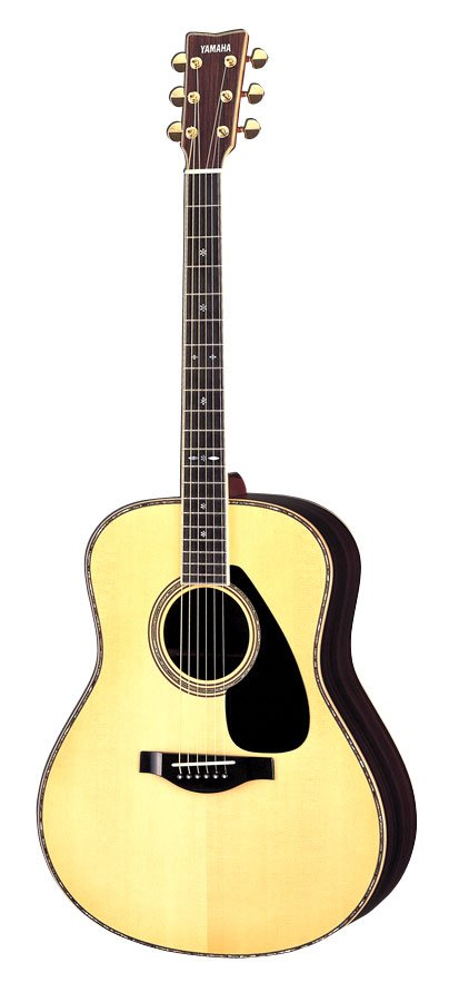 musikalia star-guitare classique avec pan coupe, luthier travaille, avec pan coupe style vintage, fabriques entre