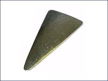 Rigotti Plaque Triangulaire En Laiton Bombee Basson
