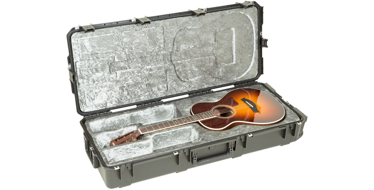3I-4217-30 - INJECTION MOLDED WATERPROOF CLASSICAL GUITAR FLIGHT CASE - TSA LATCHES, WITH WHEELS